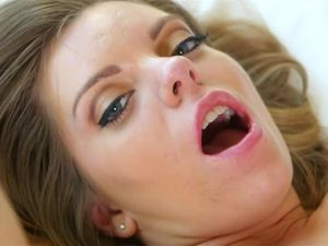Sensual Dick Sucking Girl Trisha Parks Gets Laid
