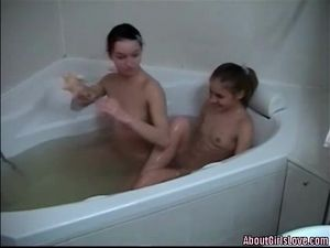 Babes Bathe Together To Make Out And Suck Tits