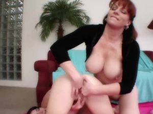 Teenage Girl Scissoring With A Beautiful Milf Redhead