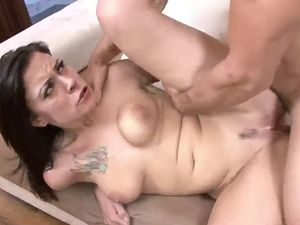 Slut With A Tattooed Chest Fucks Him For A Facial