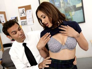 Big Natural Schoolgirl Tits Bounce As She Fucks In Class