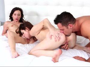 Fucking Slim Teen Honeys That Share His Hot Cum